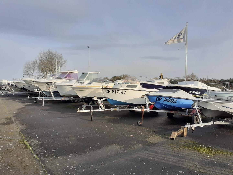 Déstockage de 40 bateaux d'occasion